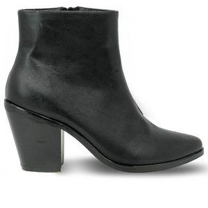 Women's Black Pointed Toe Chunky Heel Booties